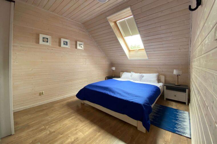A Morze Ustka sypialnia duże łóżko